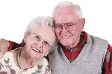senior-couple-smiling